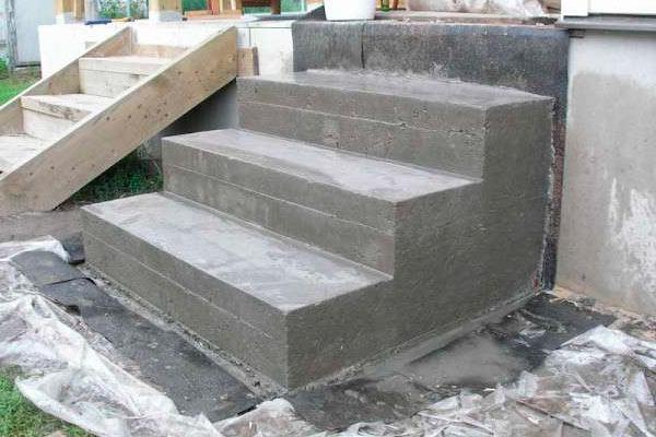 Строительство каменно-бетонной лестницы